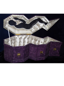 Jeanette Jarville, Hope Chest, Fetal position Coffin
